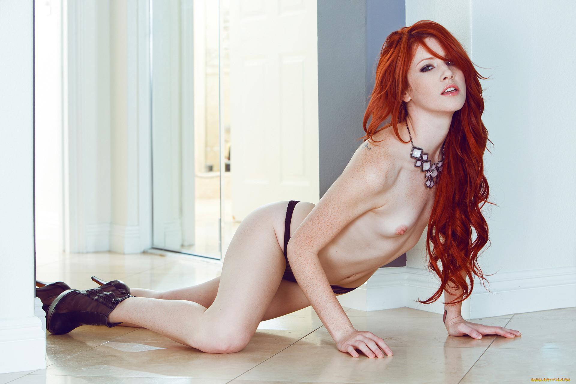 Redhead sexy horny